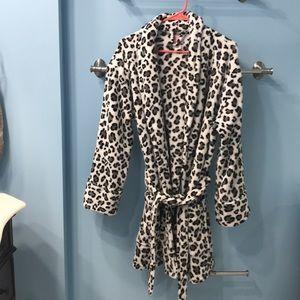 PINK Victoria Secret robe! Size M/L